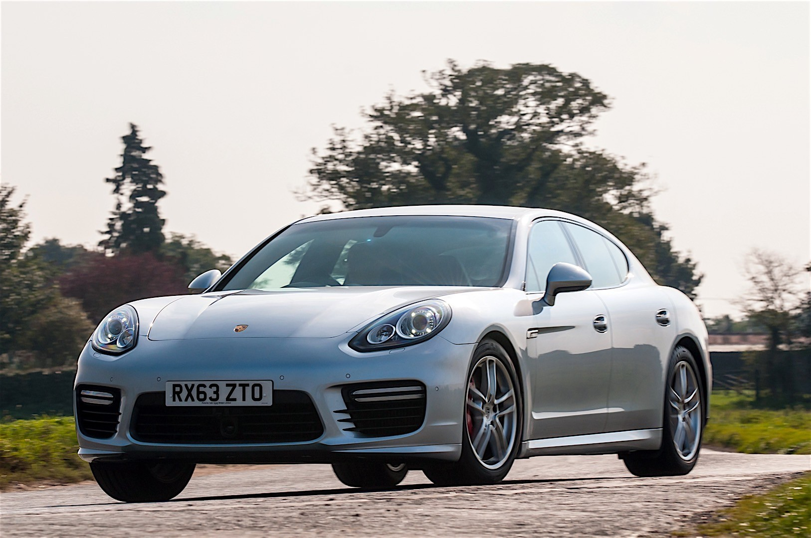 Porsche Panamera Turbo 2013 photo - 7