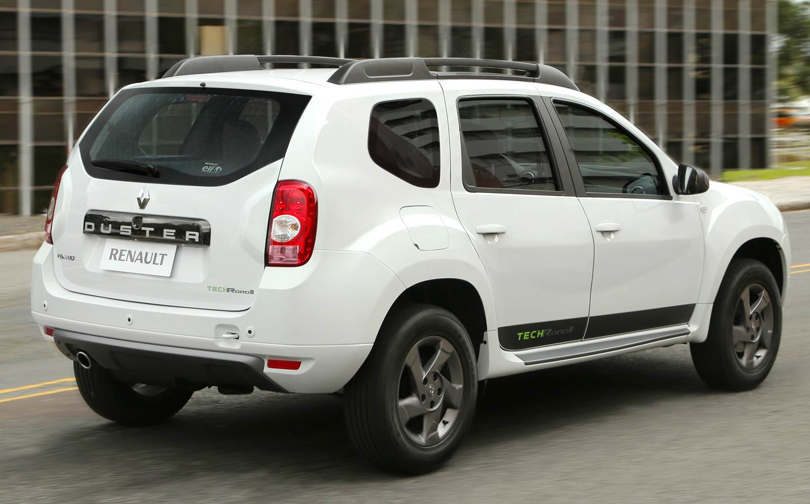 Renault Duster 2.0 2014 photo - 2