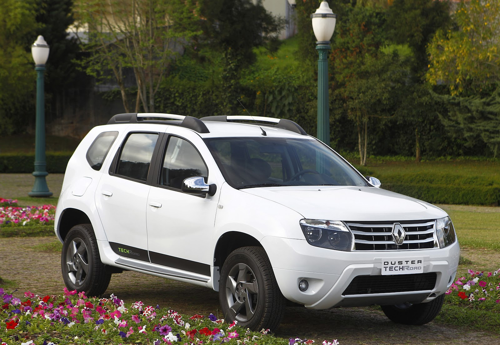 Renault Duster 2.0 2014 photo - 3