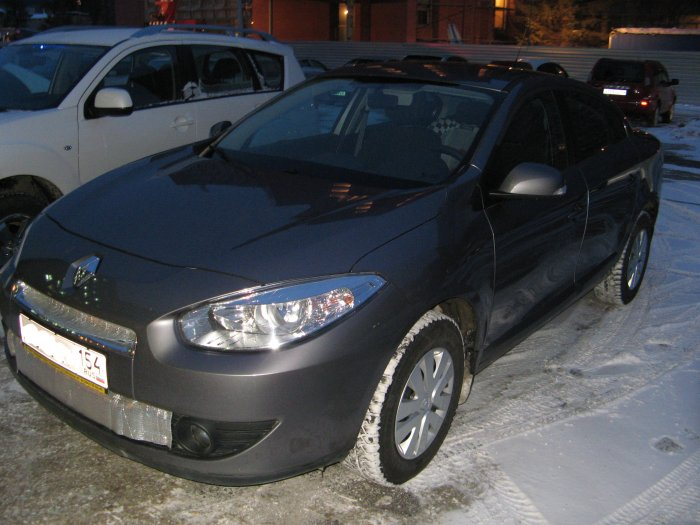 Renault Fluence 1.6 2010 photo - 10