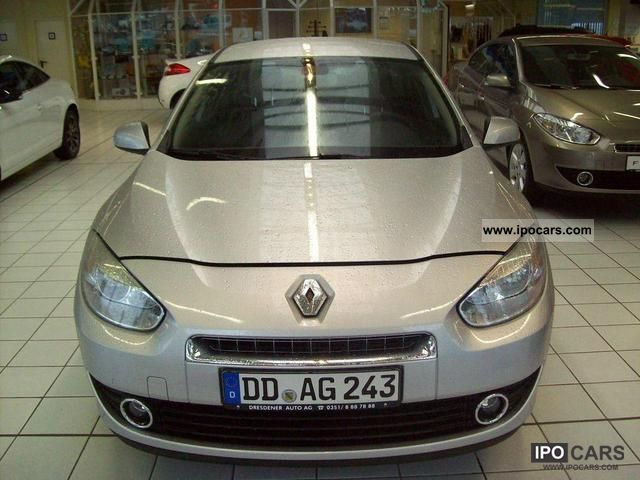 Renault Fluence 1.6 2010 photo - 2