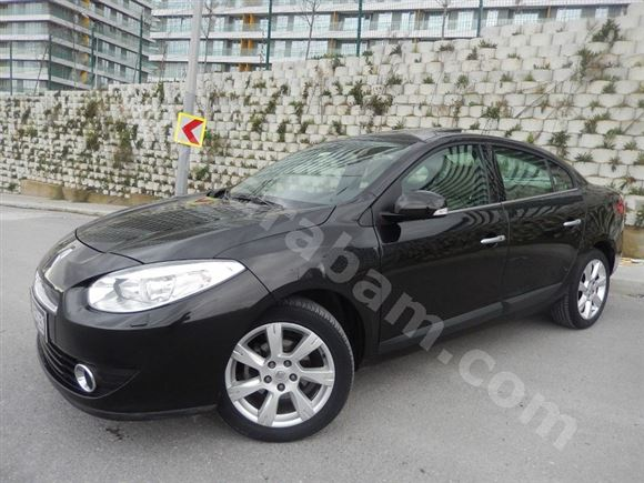 Renault Fluence 1.6 2010 photo - 9