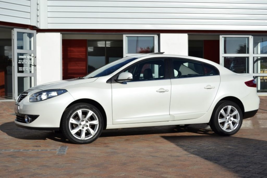 Renault Fluence 2.0 2008 photo - 3