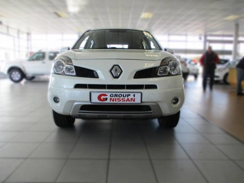 Renault Koleos 2.5 2010 photo - 10