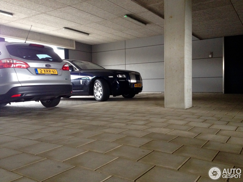 Rolls-Royce Ghost V-Specification 2009 photo - 5