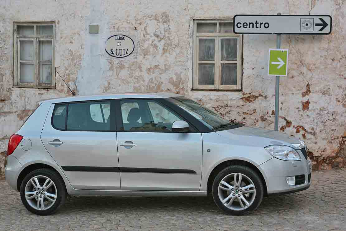 skoda fabia 1 9 2008 technical specifications interior and exterior photo. Black Bedroom Furniture Sets. Home Design Ideas