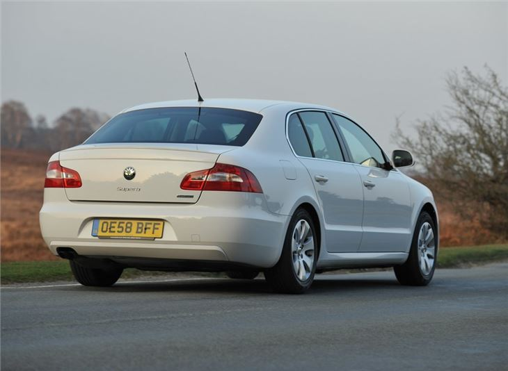 Skoda Superb 1.6 2008 photo - 2