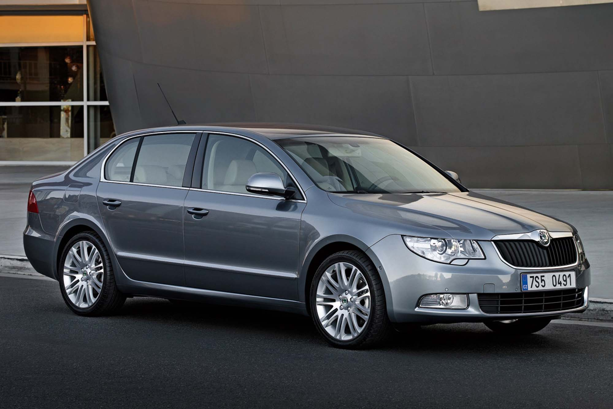Skoda Superb 1.6 2008 photo - 6