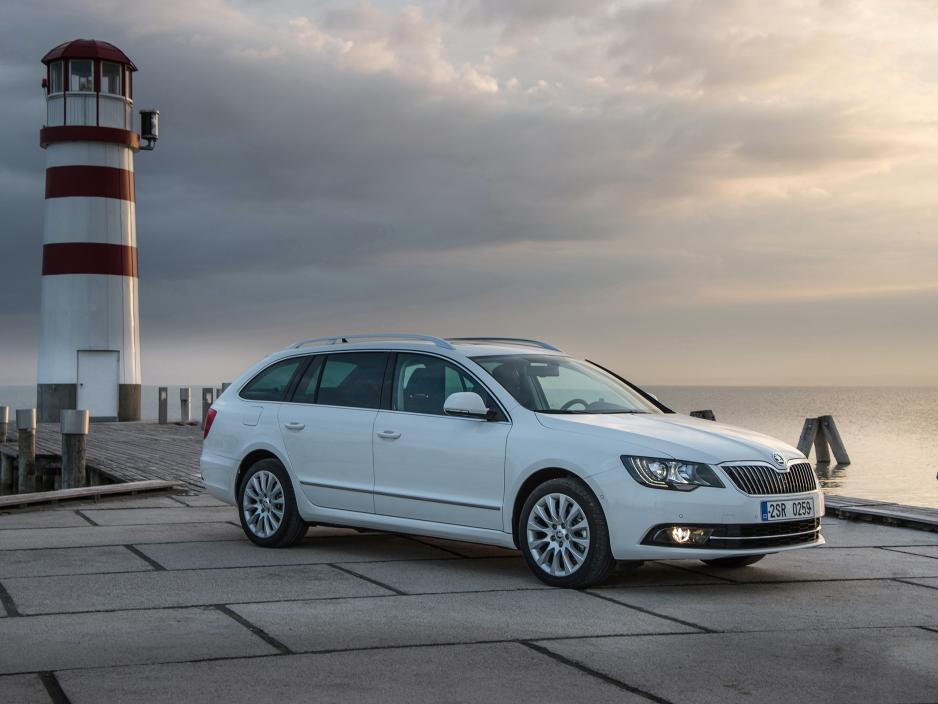 Skoda Superb 1.6 2013 photo - 3