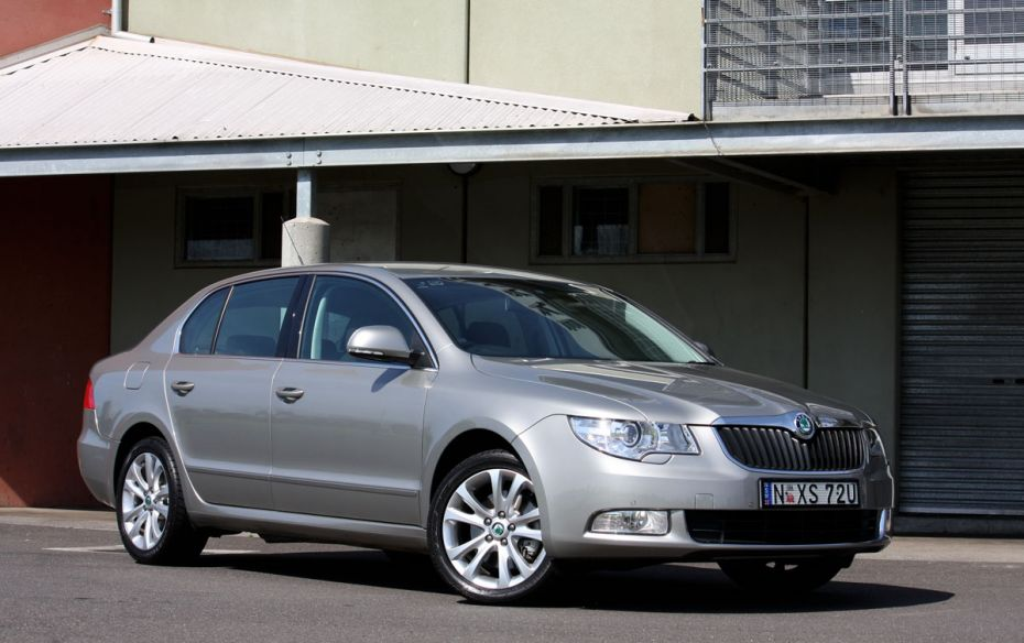 Skoda Superb 1.8 2009 photo - 2
