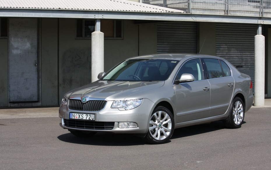 Skoda Superb 1.8 2009 photo - 3