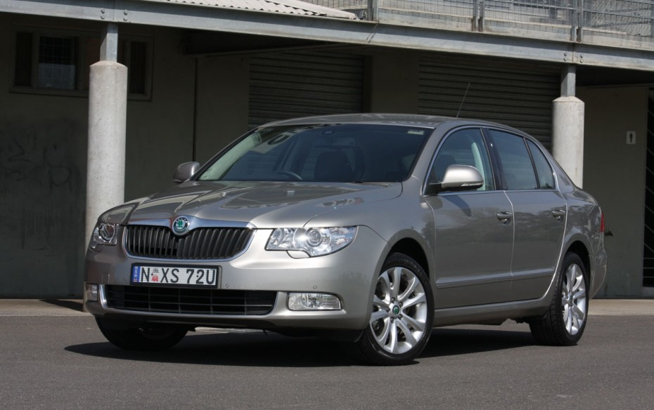 Skoda Superb 1.8 2009 photo - 4