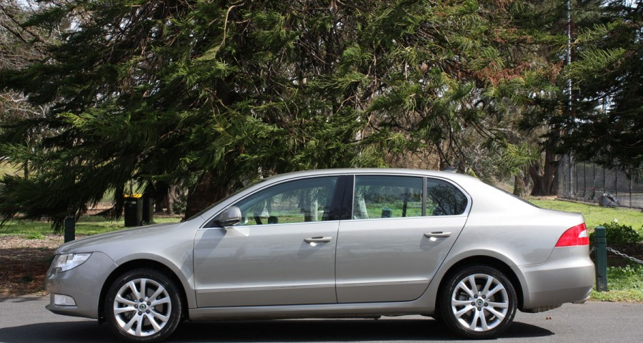 Skoda Superb 1.8 2009 photo - 9