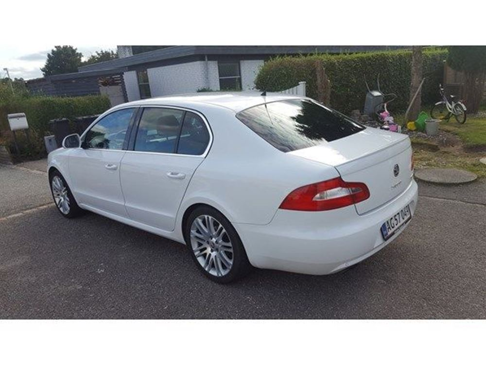 Skoda Superb 1.9 2000 photo - 7