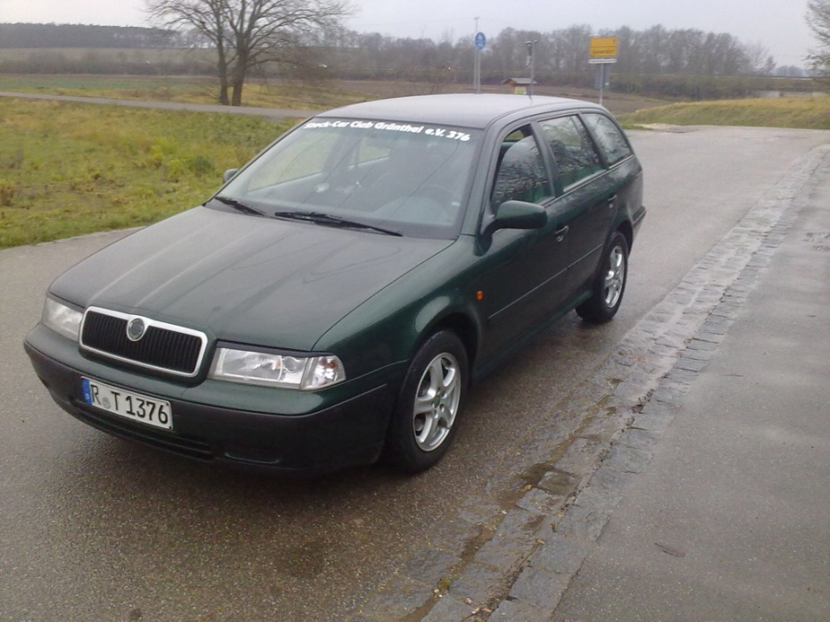 Skoda Superb 1.9 2000 photo - 9