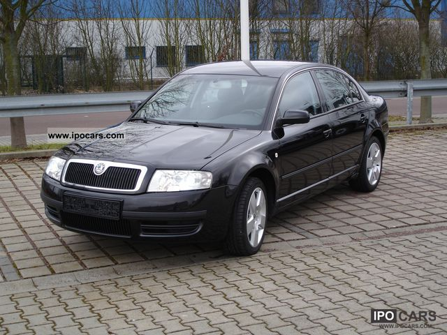 Skoda Superb 1.9 2004 photo - 1
