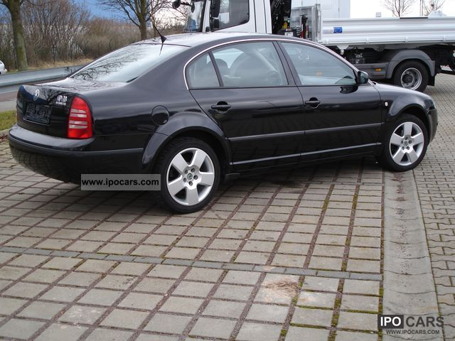 Skoda Superb 1.9 2004 photo - 2