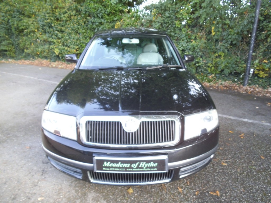Skoda Superb 2.5 2006 photo - 11
