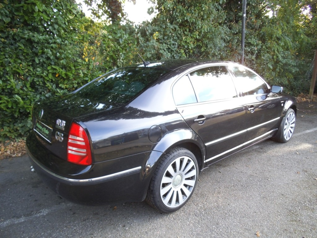 Skoda Superb 2.5 2006 photo - 8