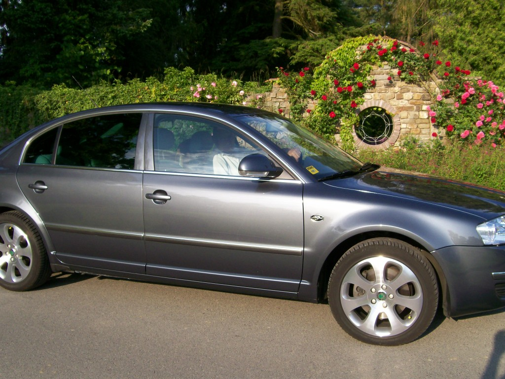 Skoda Superb 2.5 2006 photo - 9