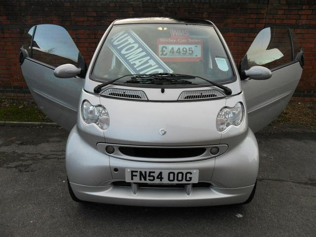 Smart Fortwo 0.7 2004 photo - 3