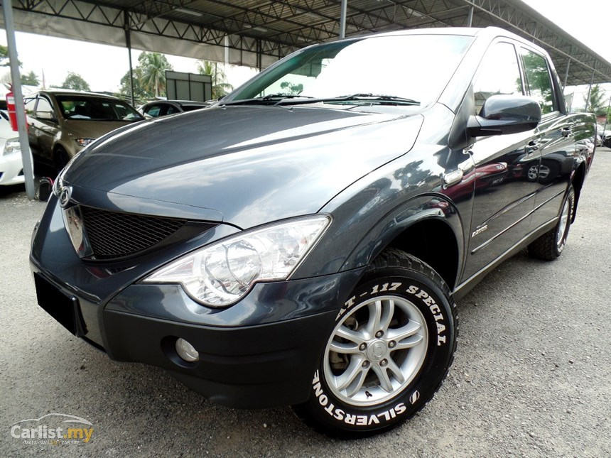 SsangYong Actyon 2.0 2010 photo - 1
