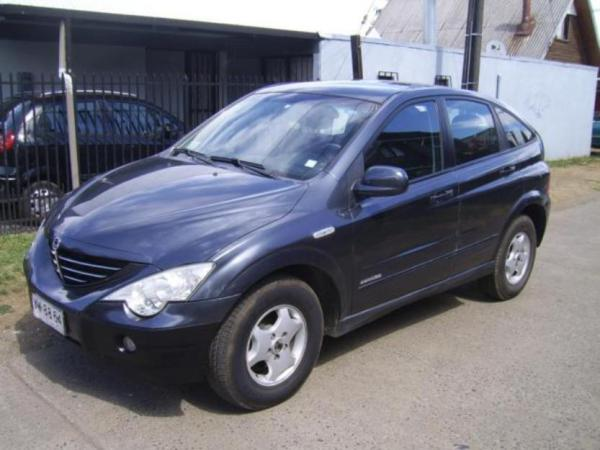 SsangYong Actyon 2.3 2002 photo - 11