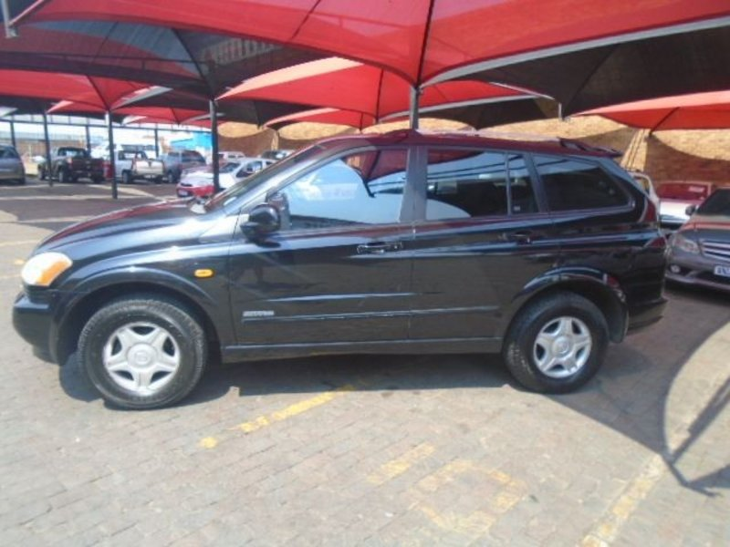 SsangYong Kyron 2.0 2006 photo - 4