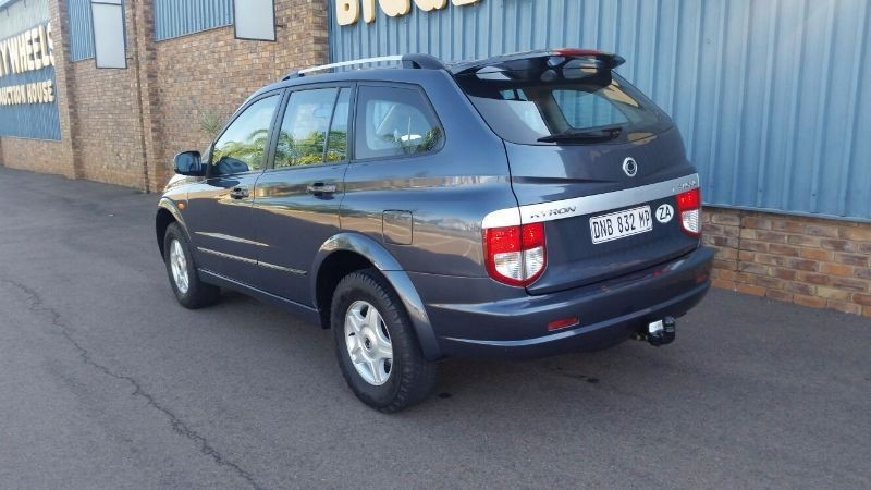 SsangYong Kyron 2.0 2006 photo - 8