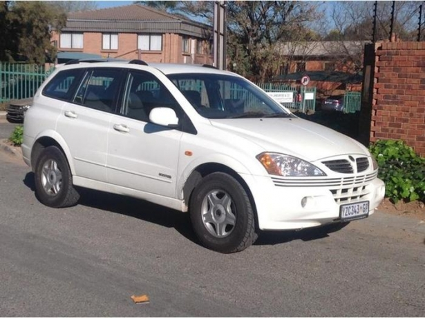 SsangYong Kyron 2.0 2007 photo - 3