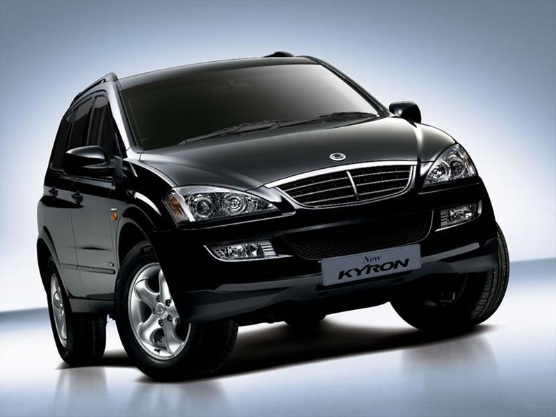 SsangYong Kyron 2.0 2013 photo - 3