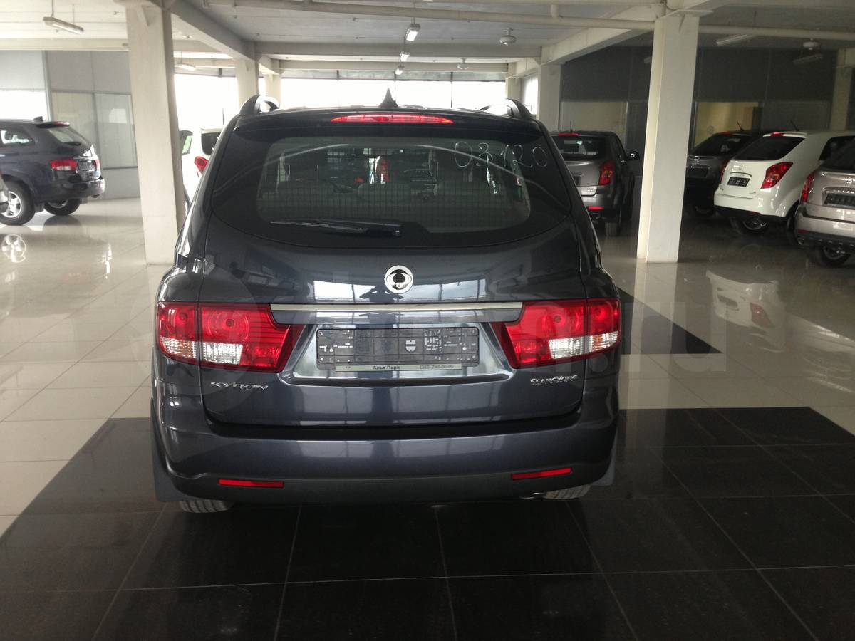 SsangYong Kyron 2.3 2013 photo - 12