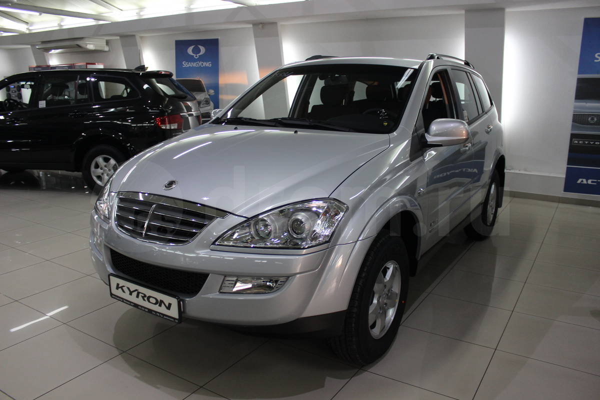 SsangYong Kyron 2.3 2013 photo - 8