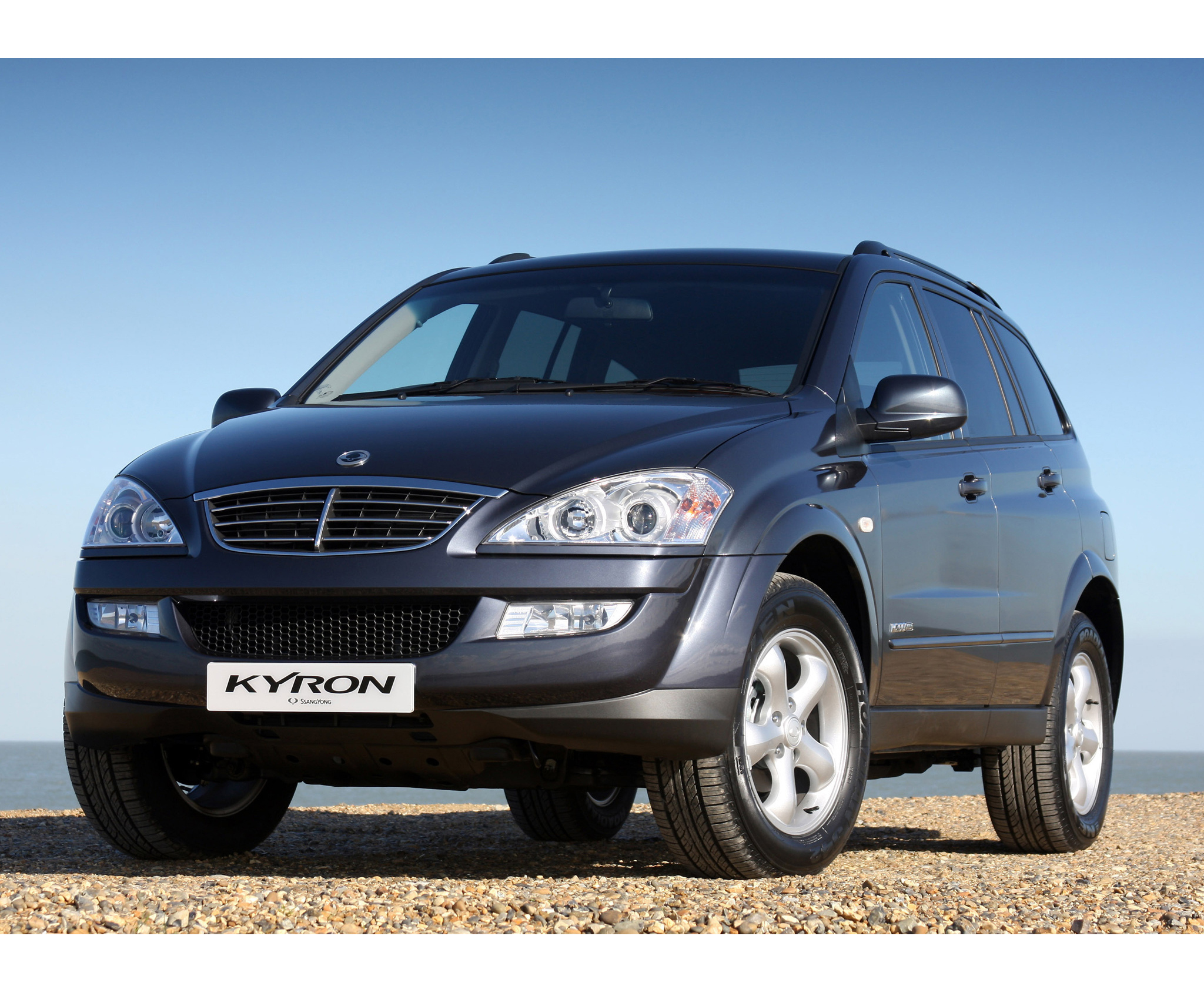 SsangYong Kyron 2.3 2013 photo - 9
