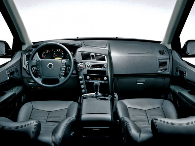 SsangYong Kyron 2.3 2014 photo - 2