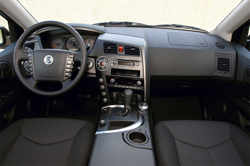 SsangYong Kyron 2.3 2014 photo - 7