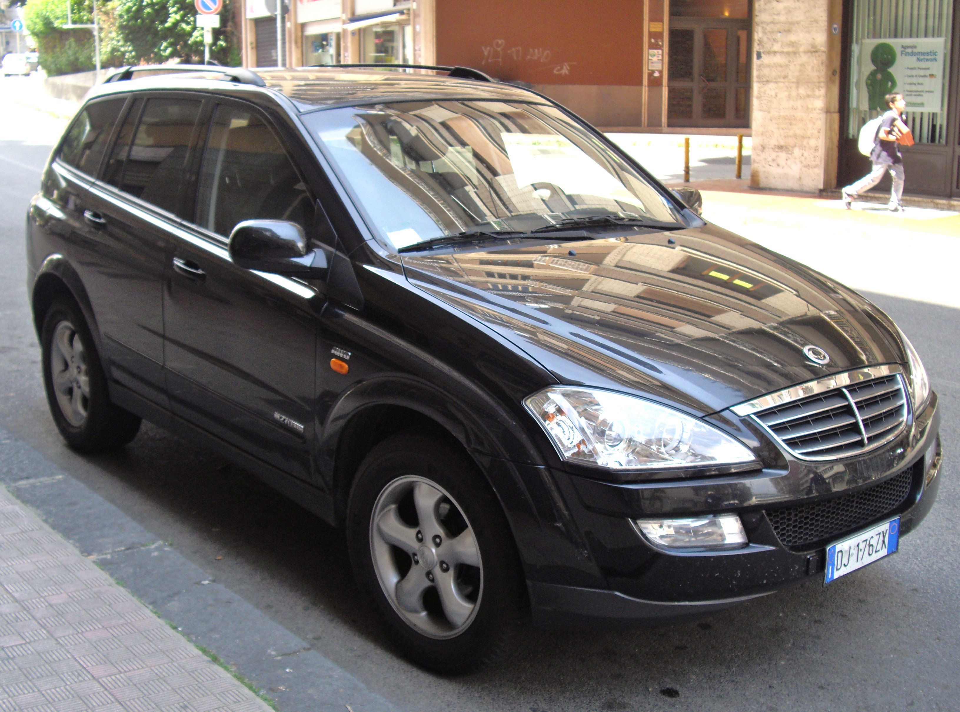 SsangYong Kyron 2.7 2007 photo - 11