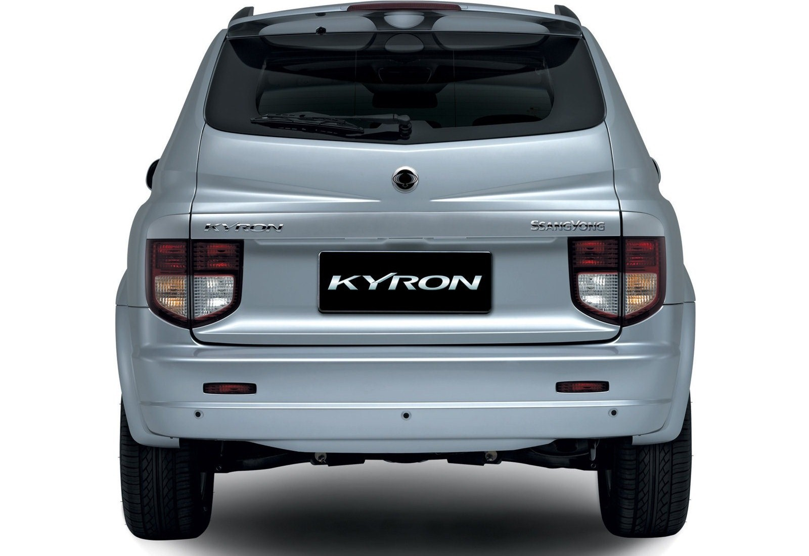 SsangYong Kyron 2.7 2007 photo - 12