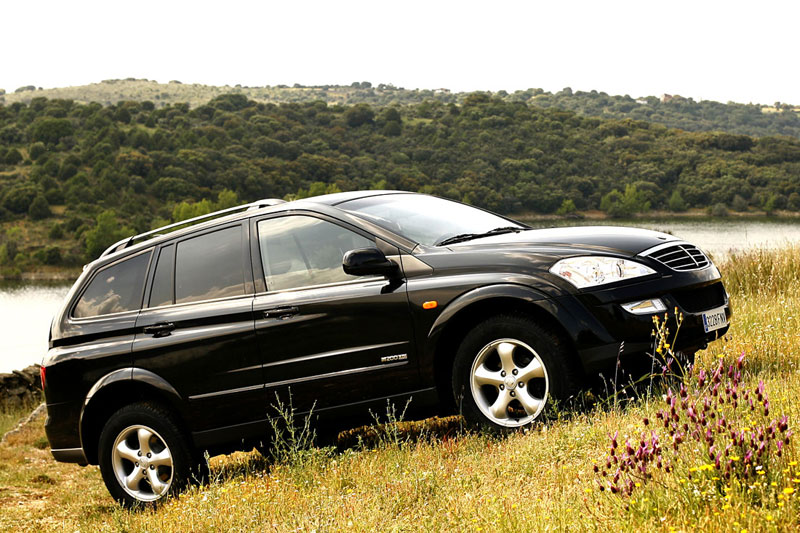 SsangYong Kyron 2.7 2007 photo - 8