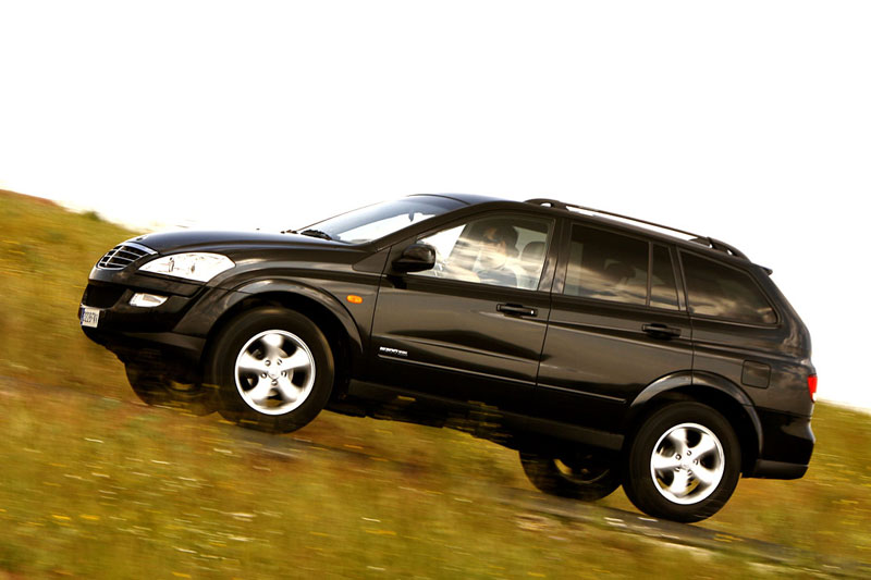 SsangYong Kyron 2.7 2007 photo - 9