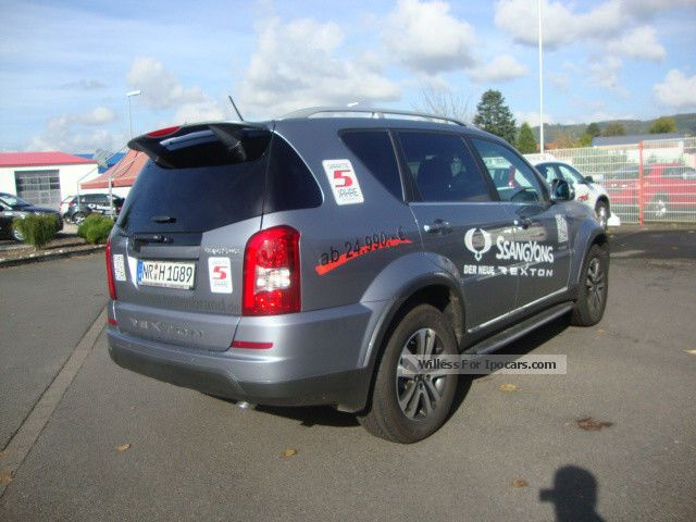 SsangYong Rexton 2.0 2013 photo - 3