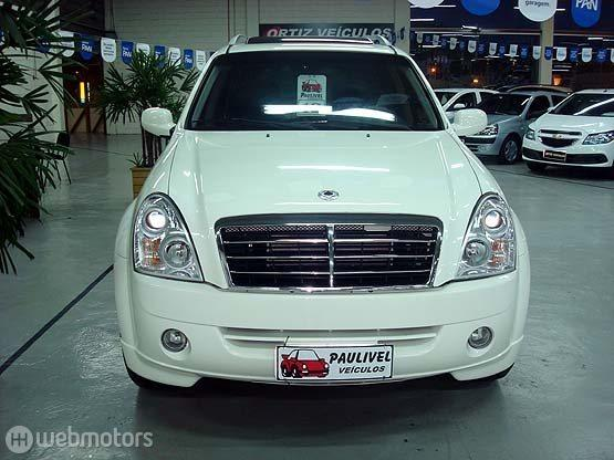 SsangYong Rexton 2.7 2012 photo - 10