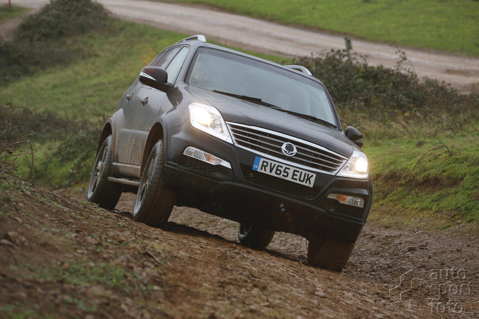 SsangYong Rexton 2.8 2001 photo - 3