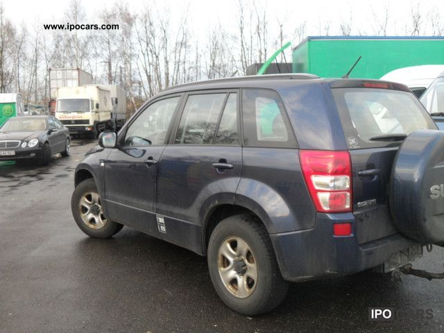 Suzuki Grand Vitara 2.0 2005 photo - 6