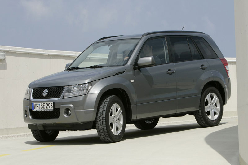 Suzuki Grand Vitara 2.0 2008 photo - 10