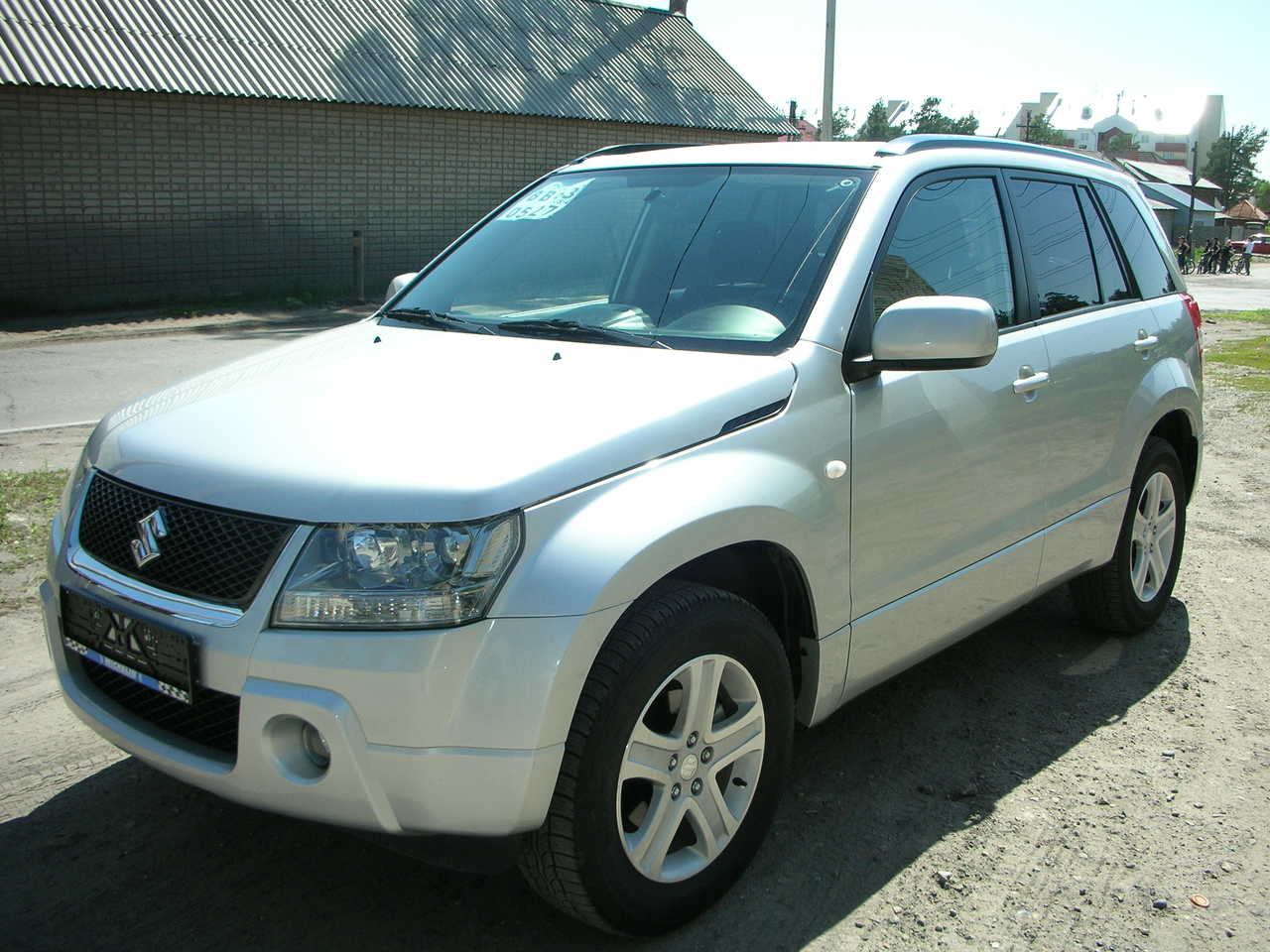 Suzuki Grand Vitara 2.0 2008 photo - 11