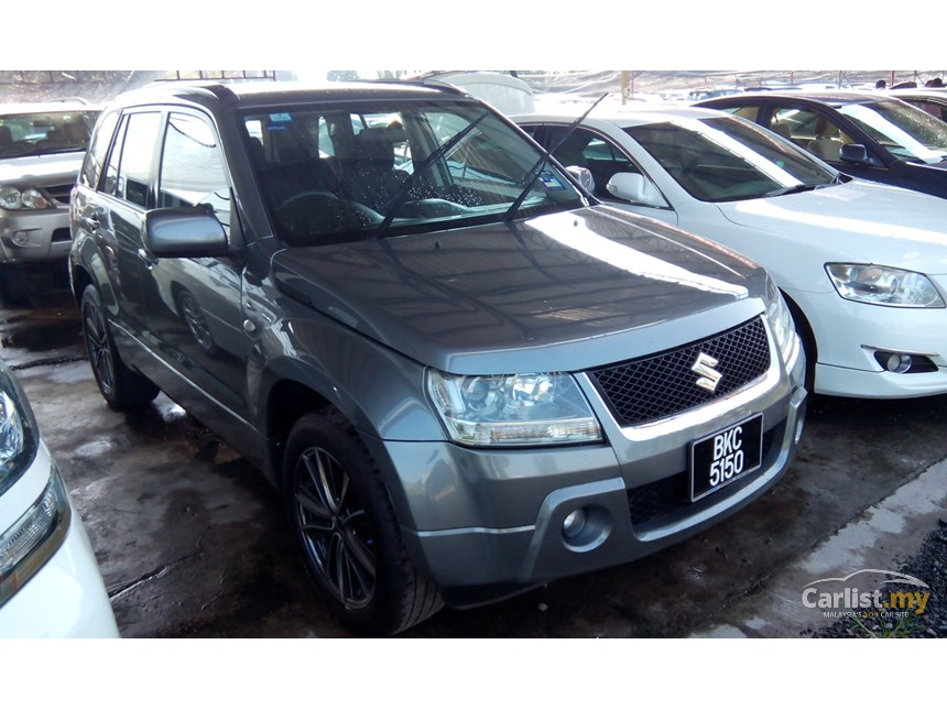 Suzuki Grand Vitara 2.0 2008 photo - 2