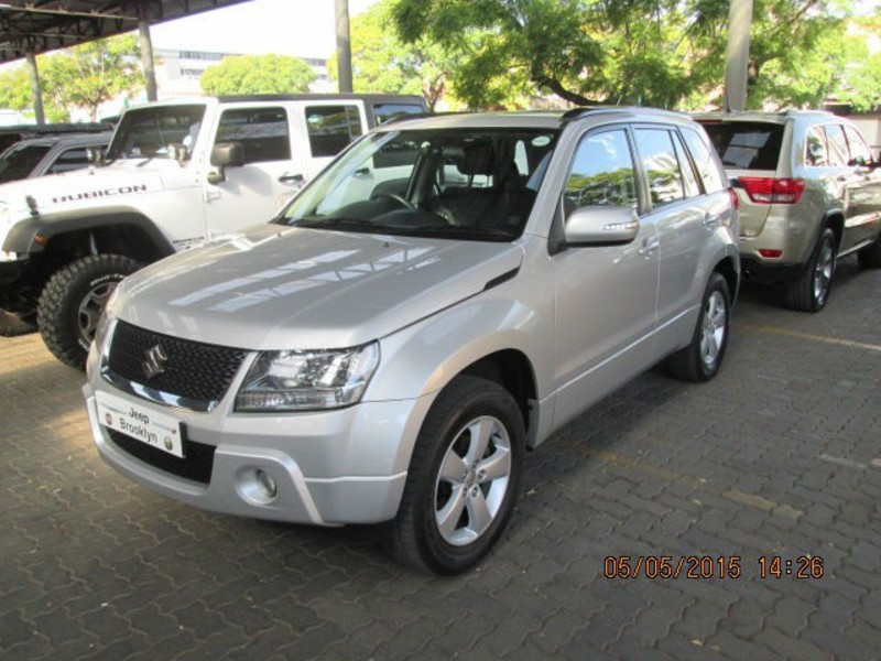 Suzuki Grand Vitara 2.4 2012 photo - 1