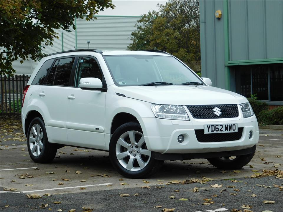 Suzuki Grand Vitara 2.4 2012 photo - 11
