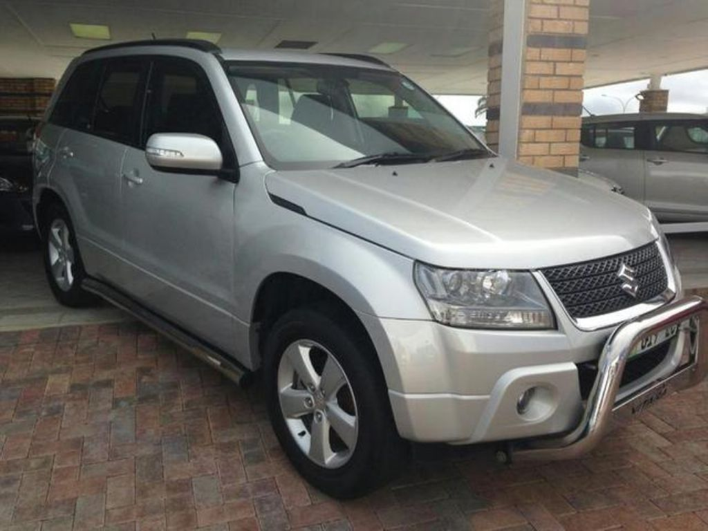 Suzuki Grand Vitara 2.4 2012 photo - 3
